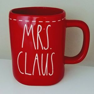 Rae Dunn Christmas Mrs. Claus red Mug